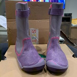 Plae girls boots